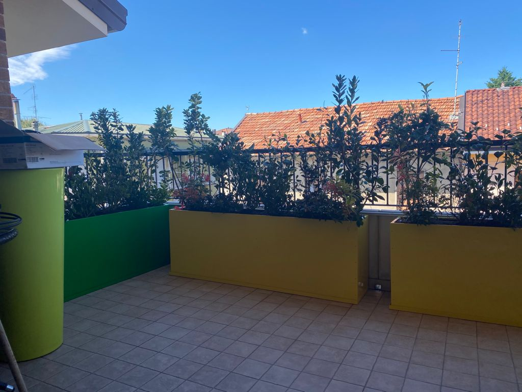realizzazione balcone fiorito monza