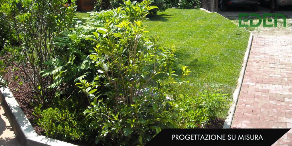 Giardino con angolo botaniche e autobloccanti